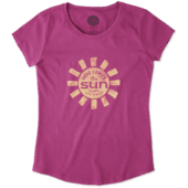 Girls Here Comes The Sun Smiling Smooth Tee