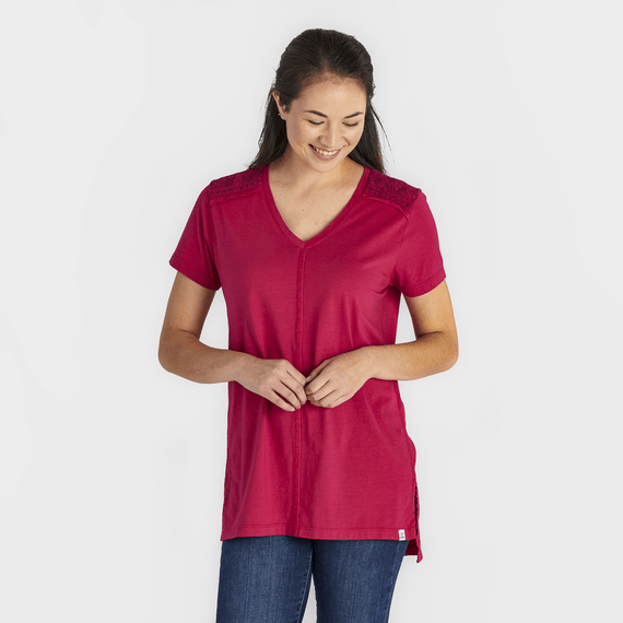 Women's Be Good to Each Other Freestyle Wash Tunic