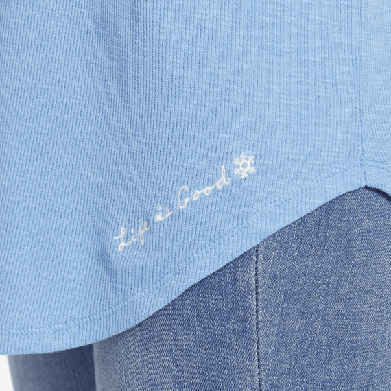 Women's Mini Snowflake Carefree Long Sleeve Pocket Tee