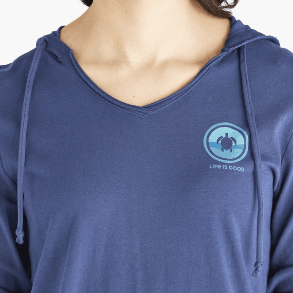 Women's Turtle Coin Long Sleeve Hooded Smooth Tee