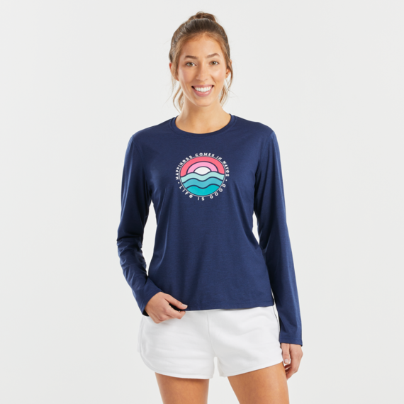 Women's Happiness Comes In Waves Long Sleeve Active Tee